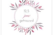 Trouwhuisstijl: Floral sweetnes / Op dit bord laten we je alles zien wat past bij een trouwhuisstijl voor je bruiloft met roze bloemen! De trouwkaarten hebben een ontwerp met handgeschilderde bloemen. De kleur roze is de basis van de style die je hier zit. Naast de kaarten laten we inspiratie voor je bruiloft zien op het gebied van; bloemen, bruidstaarten en aankleding.