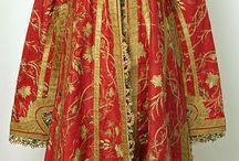 Vintage & ethnic garments