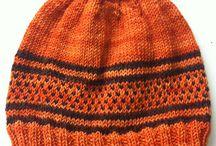 Knitting Bennie