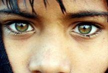 No words / Fotografías de rostros expresando dolor,asombro, temor.... / by Nadine S.Cardenal