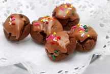 Cookies: Rolled into Balls