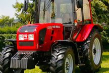 Global Agricultural Tractors Market