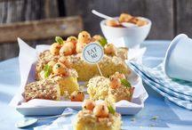Blechkuchen & Brownies / Was ist besser als ein Stück Kuchen? Ein ganzes Blech davon! Belchkuchen sind der perfekte Abschluss für die Gartenparty, die unwiderstehliche Verführung beim Kaffekränzchen und die sichere Variante für den Kindergeburtstag - kurz: Blechkuchen sind der Liebling für jeden Anlass!