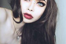 Nu goth make up
