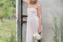 Madrinhas de Casamento *-* / Vestidos, buquet, coroa de flores ...