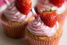 Cake Inspo: Hen Party