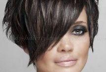 kurze Frisur dunkel