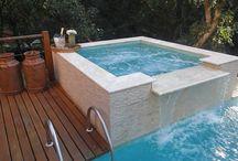 Spas / Procura inspiração de saunas, jacuzzis e outras imagens para ter um verdadeiro spa em casa? Na homify você encontra imagens de saunas secas e a vapor, e outros exemplos de arquitetura supermoderna