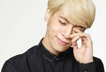 Jonghyun (종현) / SHINee (샤이니)
