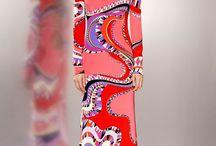 Amazing Print / #kaftans #resorts #resortclothing #printed #motif #beachwear