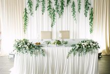 dekoracja sciany za stolem