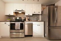 Kitchens / by Jenny Gardinier