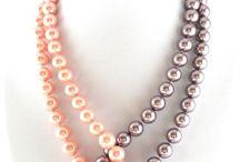 náhrdelníčky na koukání