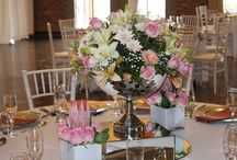 Ideas for table centrepieces / Like fashion changes, so does wedding centrepieces....what is the trend for 2015 - WHITE - white centrepieces, white lighting effects, white flowers, white linen...all white