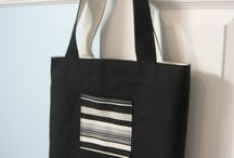 TOTES AND BAGS / by Deborah Klee