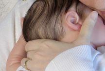 Adriel - Kit Kase Asleep / Bebé reborn feito a partir do kit realborn Kase Asleep. É um recém nascido, de olhinhos fechados, cabelo enraizado, feito com cabeça, braços 3/4 e pernas inteiras em vinil e corpo de tecido articulado.