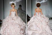 Big Ball Gowns...va va VOOM! :-) / by Touché Mishé