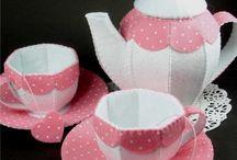 Il modello per realizzare tazze e caffettiera