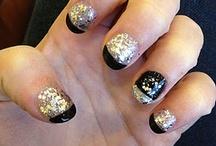 Look at those nails!