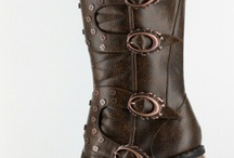 Steampunk  / I've always loved steampunk, but I am currently too poor to afford any of the gorgeous clothes they wear haha