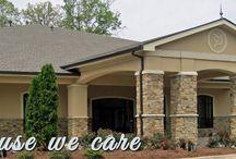 Dahlonega, Georgia / Local businesses and advertisements located in Dahlonega, Georgia.