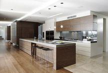 Kitchen (Steffi) / Favourite looks: Mixture of wood and grey ceramic;Wood like flooring;Feature shelf;Ceramic kitchen island but wood bar top