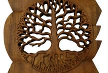 Timber-Treasures Large Tree of Life Plaque / A symbol that occurs across all the world's religions, old trees were regarded by all cultures as having eternal life and were venerated as having spiritual meaning.   It is a delicate but tactile piece which will both decorate a wall and encourage self-enlightenment in the person who owns it.  This product is hand fretted with an integral hanger to the rear. Measurements: 24cm width x 24cm height x 2cm depth* *handmade disclaimer