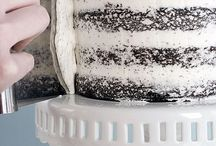 frosting- how to frost a cake