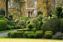 Topiary & Parterre / Amazing gardens created with shaped shrubbery.