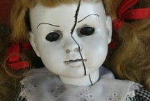 BOO / All things Halloween....and a little creepy chic.