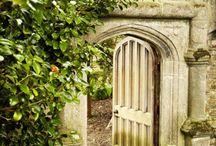 Wood & Steel Gates