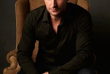 Love Richard Armitage / by Elizabeth Lear