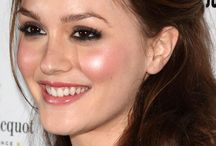 Wedding Makeup / What Would Blair Waldorf do.... for wedding makeup? / by Elizabeth Ferry