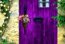 Beautiful doors / Quant una porta es tanca s' obre una finestra