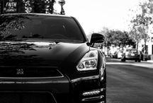 Nissan GT-R/Skyline / Godzilla!