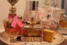 Elegant perfume cake display stand.