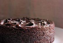 Dark Chocolate Cakes