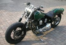Custom motorcycles, choppers, bobbers, baggers, café racer, scramblers / Custom motorcycles, choppers, bobbers, baggers, café racer, scramblers, rat bikes, harley davidson, japanese and italian motorcycles from CustomMANIA.com (web portal entirely dedicated to custom motorcycles, where you can upload your bike too)