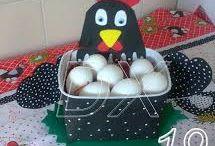galinhas porta ovos com Eva