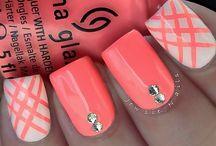 Nails / by Jeraldine Gutierrez