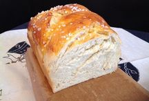 Brot und Stuten