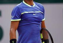 "Raphael Nadal "" Tennisman Espagnol "" / Un grand champion comme Federer, le roi de Rolland Garros et de la terre battue. Enfant de Majorque ..."