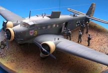 WW II airplanes dioramas & vignette