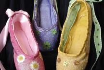 Pointe shoes / by Kim Monasterial