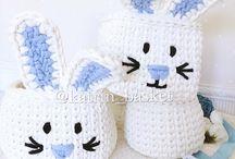 Tavşanlı beyaz sepet