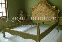 Tempat Tidur / Dipan / Menjual Berbagai perabot mebel dan kebutuhan rumah yang terbuat dari kayu jati, mahono, mindi dll.