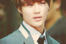 Lee Taemin ⋮ Shinee