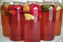 Kombucha Recipes / Drink yourself to health with these thirst quenching kombucha rcipes!