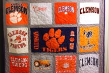 T-Shirt Quilts / Use your t-shirts to make a Quilt!