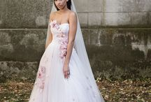 Justin Alexander Signature Fall/Winter 2017 / Our most recent Signature collection holds nothing back for the bride who is determined to turn every head. Dramatic details meet luxurious fabrics for an overall look that won't soon be forgotten. Lavish lace, opulent beading, eye-catching silhouettes and unexpected embellishments were made for the fearless bride.